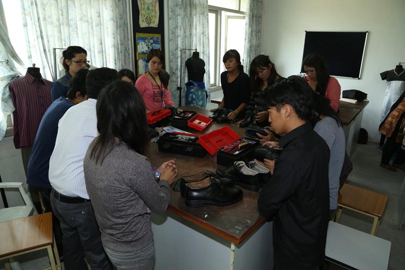 Sona Yukti Apparel Training