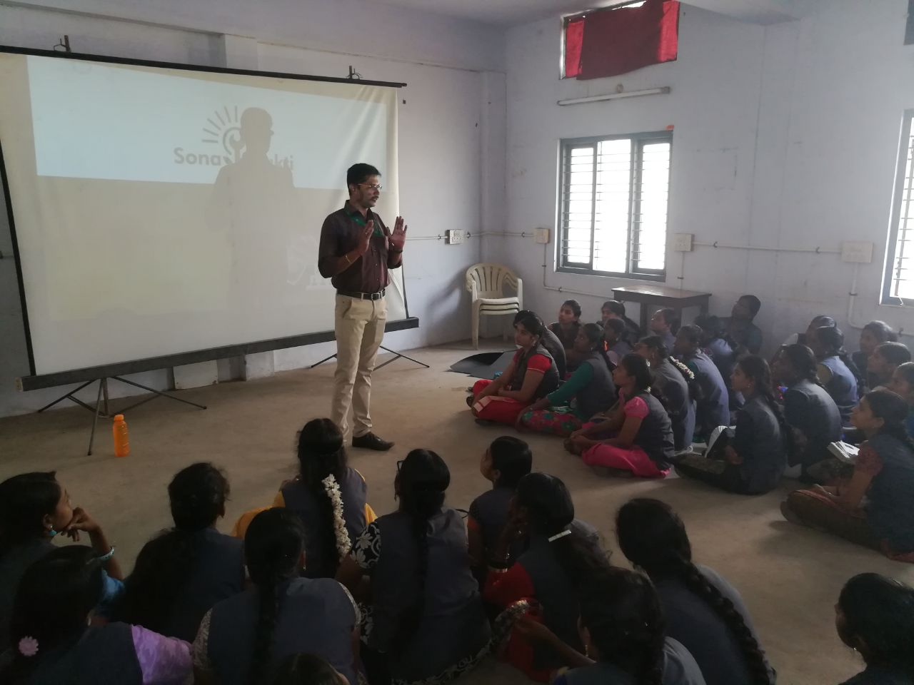 Sona Yukti's soft skills workshop at Sourashtra College for Women, Madurai