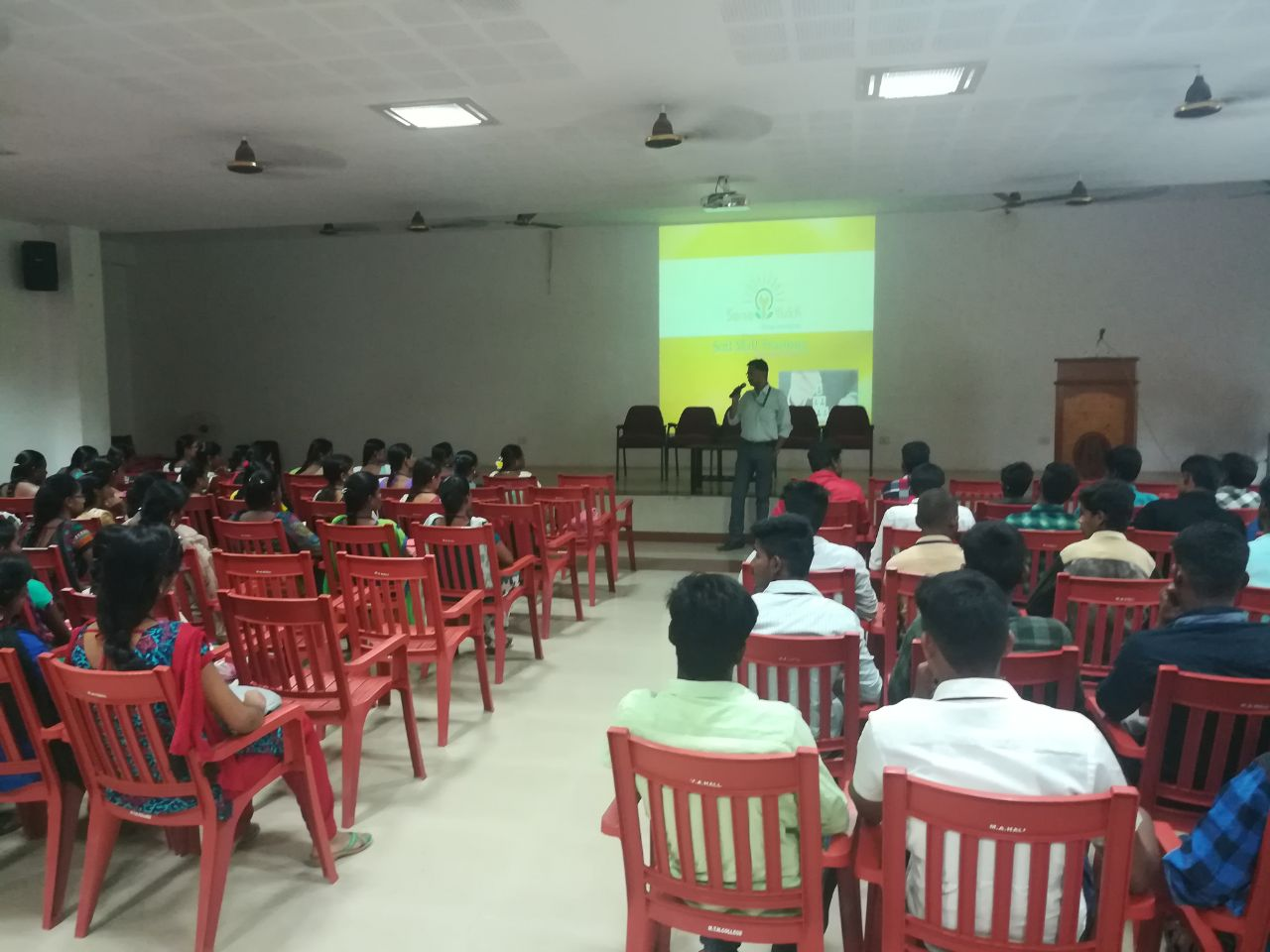 Sona Yukti soft skills training at the Mannar Thirumalai  Naicker College