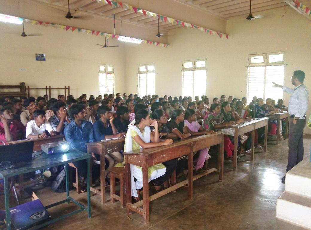 SonaYukti soft skills and placement training at Chikkaiah Naicker college Erode