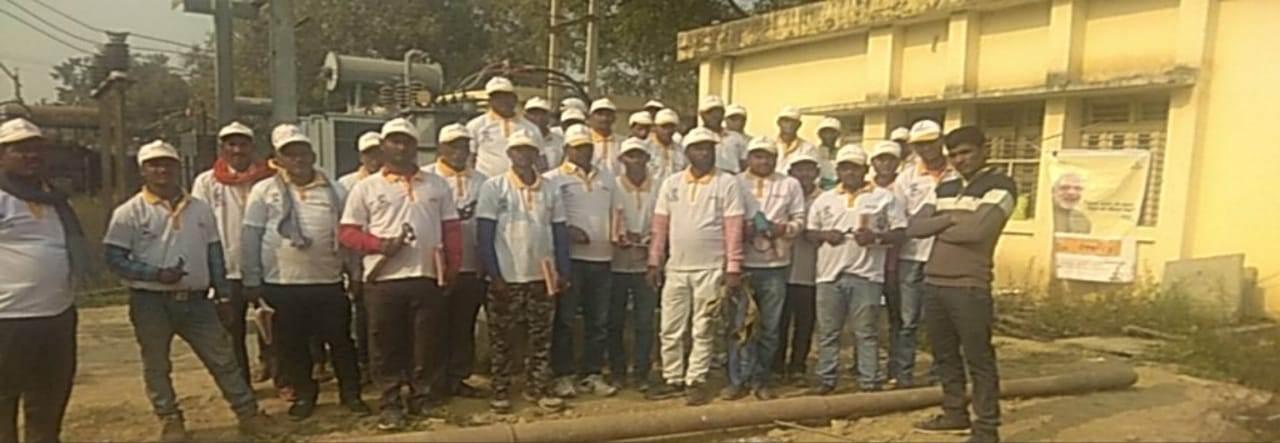 SonaYukti Saubhagya training and Kit Distribution in Sikanderpur - Uttar Pradesh