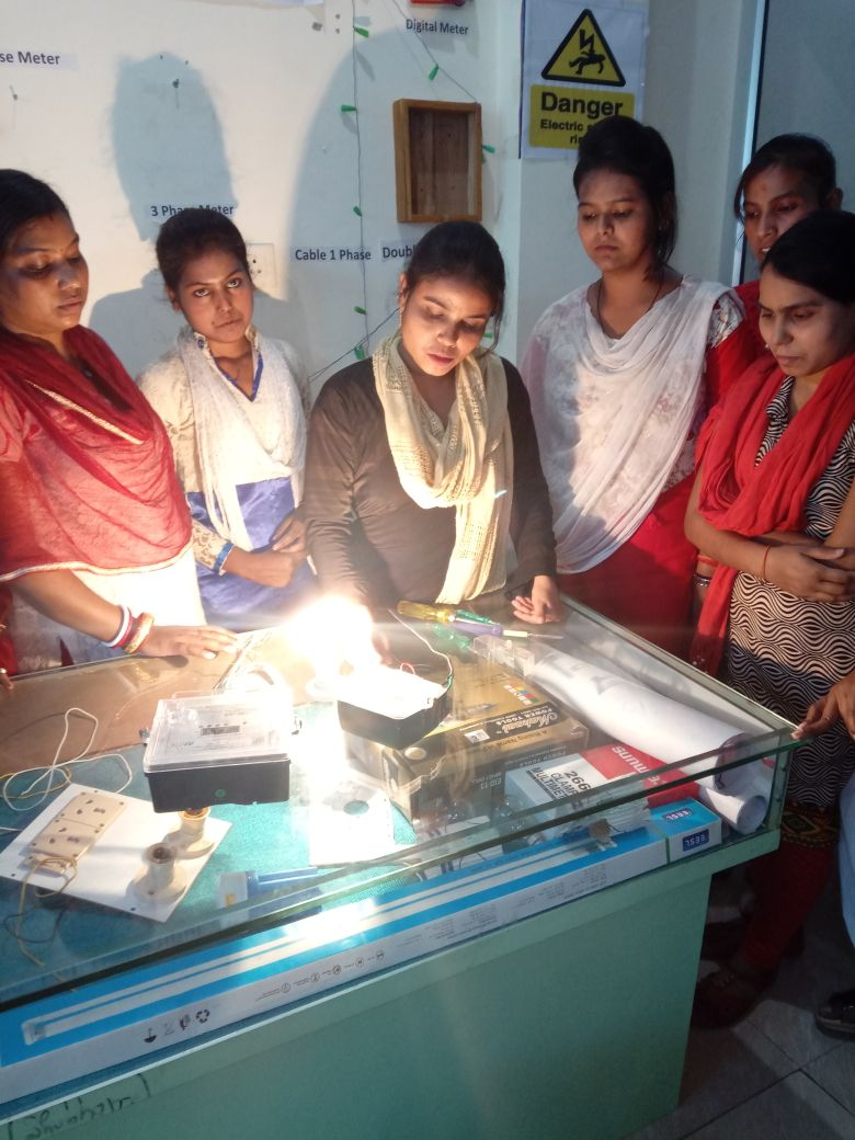 Consumer Energy Meter Technician course practical sessions in single phase energy meter connection and switch board assembling.